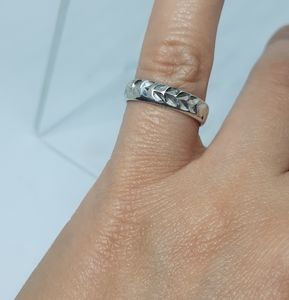 Leaves Band Ring Sterling  Silver  size 6